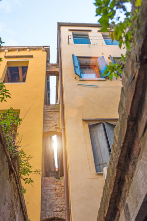 The narrowest street sight in the city of Venice is Calle varisco.