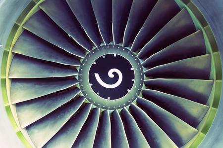 Vliegtuigen jet luchtvaartmotorbladen bekijk centrum