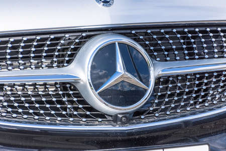 Mercedes Benz close-up of car with logo. Russia, Saint-Petersburg. 14 may 2020 Publikacyjne