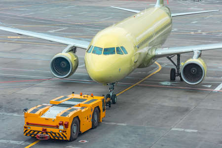 Towing and launching jet engine a passenger plane