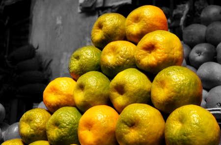 framer: Farm fresh oranges for sale at the traditional Framer market