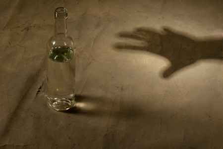 l hand: bottle