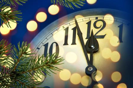 Detail des neuen Jahres Uhr mit Licht Lizenzfreie Bilder