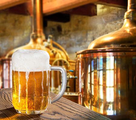 醸造所で beert のガラス