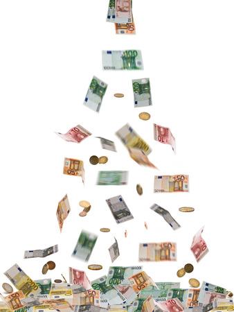m�nzenwerfen: Euro-W�hrung isoliert auf den wei�en Hintergrund