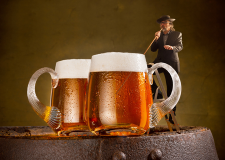 drinker: humorous image with drinker and two beers