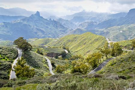 Landschap met bergweg in Gran Canaria. Spanje. Stockfoto