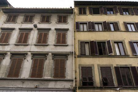 Generic buildings of florence buildings and alleyways. photo