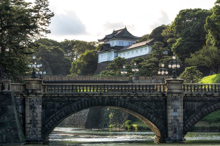 tokyo imperial palace view during sunset hours with seimonishi bridge. Tokyo, Japan 스톡 콘텐츠