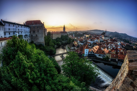 the sunrise view of cesky krumlov a small town in czech republic from the castle viewpoint area. Reklamní fotografie - 129999806