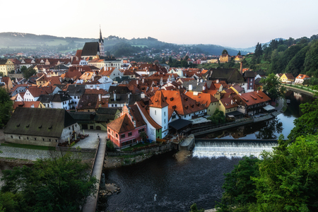 the town cesky krumlov and the state castle viewed from the castle viewpoint. Cesky krumlov is a famous landmark town in Czech Republic. 報道画像