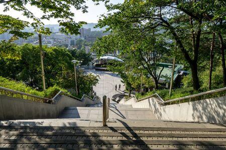 long stairs in naksan park in seoul, south korea. Reklamní fotografie