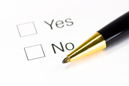 questionaire: portarretrato de cuestionario y l�piz Foto de archivo