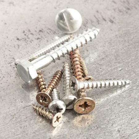 screws photo