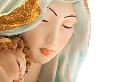 madona: Virgen con Jes�s en el fondo blanco Foto de archivo