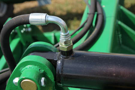 agricultural machinery: Hydraulic connectors. Agricultural machinery