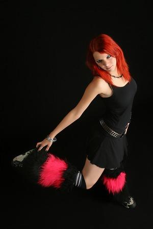 rocker girl: Retrato de una chica rockera sexy joven