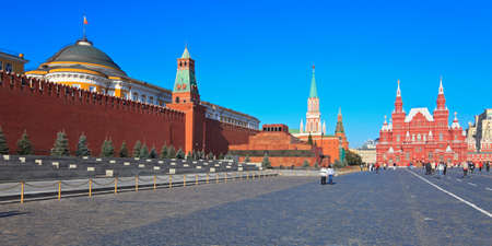 mausoleum: View of the Mausoleum of Lenin, Kremlin wall and Historical museum on Red Square, Moscow