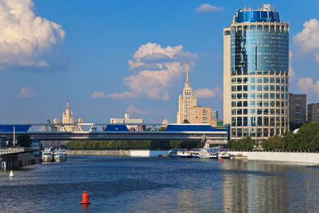 megapolis: Beautiful view of modern Business Centre and pedestrian bridge Bagration over Moscow river, Moscow, Russia