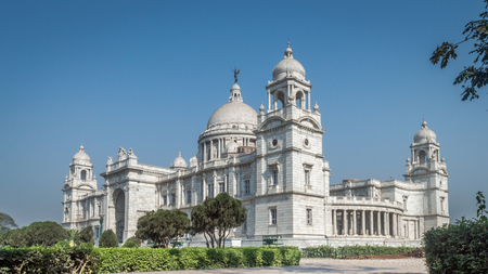 A beautiful view of Victoria Memorial, Kolkata, Calcutta, West Bengal, India. A Historical Monument of Indian Architecture built in memory of Queen Victorias 25 years reign in India 스톡 콘텐츠
