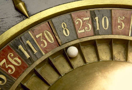 Ball on a vintage roulette with numbers 版權商用圖片