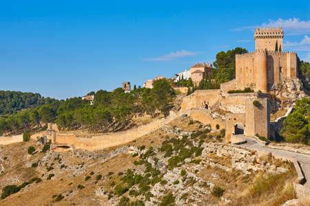 Spanish picturesque medieval fortress and tower in Alarcon, Cuenca. Spain 版權商用圖片