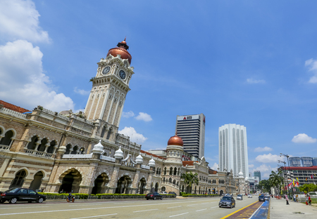 KUALA LUMPUR, MALAYSIA - JUNE 27, 2018 : The iconic Sultan Abdul Samad building at Dataran Merdeka is one of the city's most important tourist attractions and a historical landmark. 報道画像