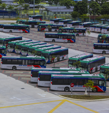 KUALA LUMPUR, MALAYSIA : SEPTEMBER 14, 2017 : Mass Rapid Transit (MRT) feeder bus at parking lot. Feeder bus connecting people from their home to MRT station. 報道画像