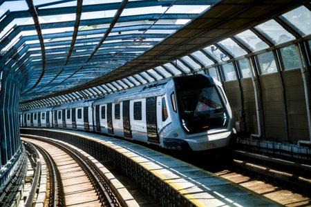 KUALA LUMPUR, MALAISIE : 25 octobre 2018 : Malaisie Mass Rapid Transit (MRT) train. MRT alléger les graves embouteillages dans la région métropolitaine de KL.