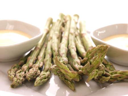 Asparagus on a plate      Stock Photo - 13009244