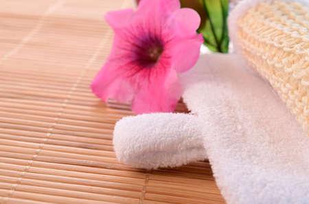 bath additive: Bath additive with towel and flower decoration