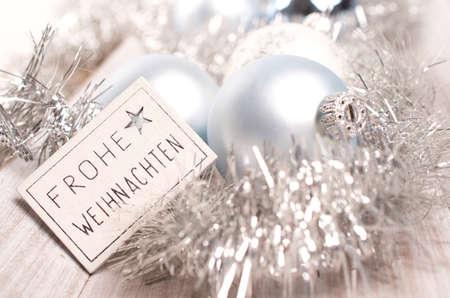 joyeux noel: Gros plan d'un brillant allemand fond Merry Christmas Banque d'images
