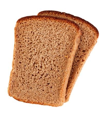 tranches de pain de seigle isolé sur un fond blanc