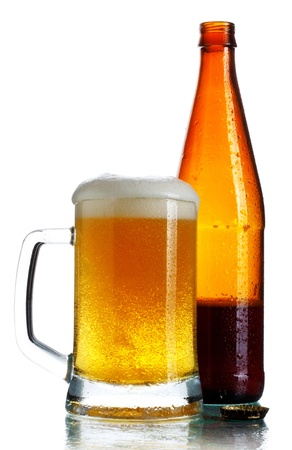 glass full of dark beer and bottle, isolated on white Stock Photo - 10282560