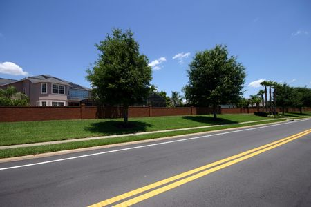 residencial: Perspective on road in a residencial neighborhood