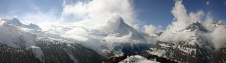 crevasse: Swiss alpine panorama with the Matterhorn