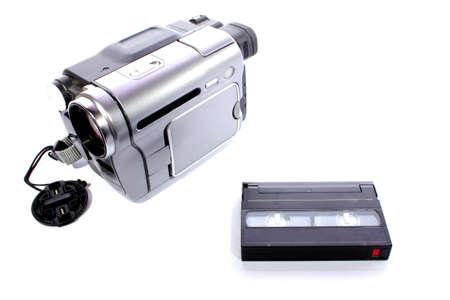 Geïsoleerde zilver en zwart videorecorder gebruikt voor home movies