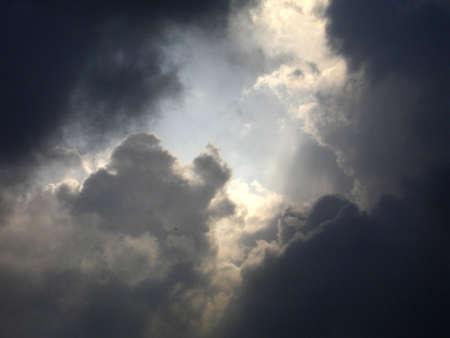 rains: Black or white