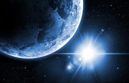 공간에서 일출과 지구 스톡 콘텐츠