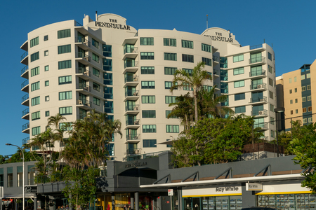 The Peninsular Beachfront Resort is a large resort in Mooloolaba, Australia, close to the beach and city centre Sajtókép