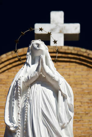 catholic mass: Statue of Virgin Mary at Basilica of San Albino, Mesilla Village