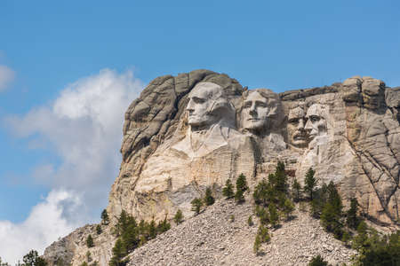 mount rushmore: Side view of Mount Rushmore with sunlight Editorial
