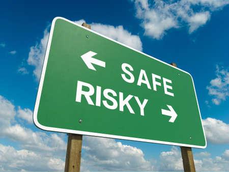 kockázatos: Út, aláír biztonságos vagy kockázatos