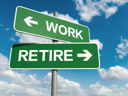 Een verkeersbord met werk pensioen woorden op hemel achtergrond