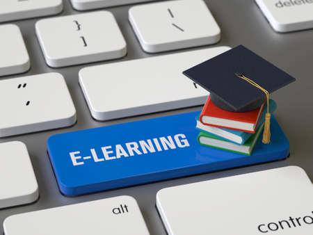 E-learning key on the keyboard Stock fotó