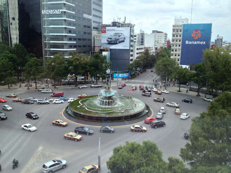 mexico city: La Diana Cazadra roundabout in Mexico City