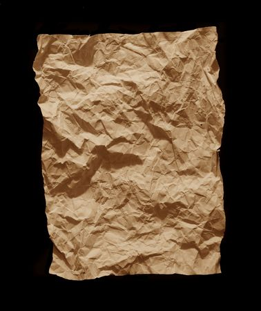feuille froiss�e: froiss� feuille de papier sur un fond noir Banque d'images