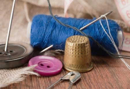 thimble: thimble and needles