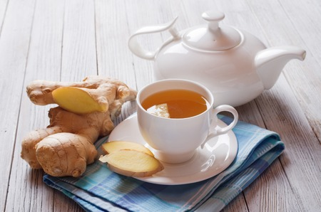 Ingwer-Tee  Standard-Bild - 58200025