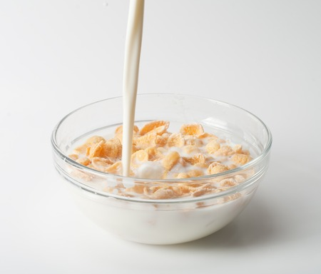 cereal box: corn flakes with milk